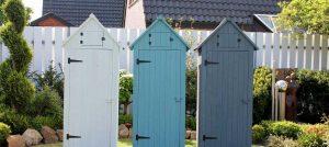 armoire-de-jardin-en-bois-vintage